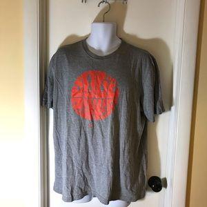 "Mens Nike Regular Fit ""Sole Power"" T-Shirt Size XL"
